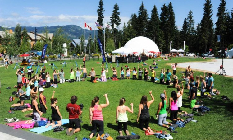 Yogaslackers Class in Whistler